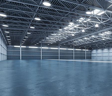 Hal met high bay verlichting - led high bay voor magazijn kantoor fabriekshal en bedrijfshal - led verlichting installateur Multi Energy solutions