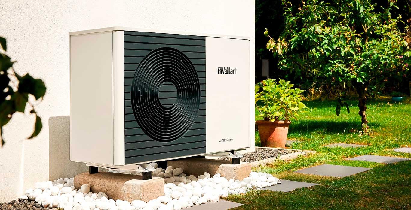 Warmtepomp installateur multi energy solutions - Vaillant AroTherm warmtepomp geinstalleerd bij woning